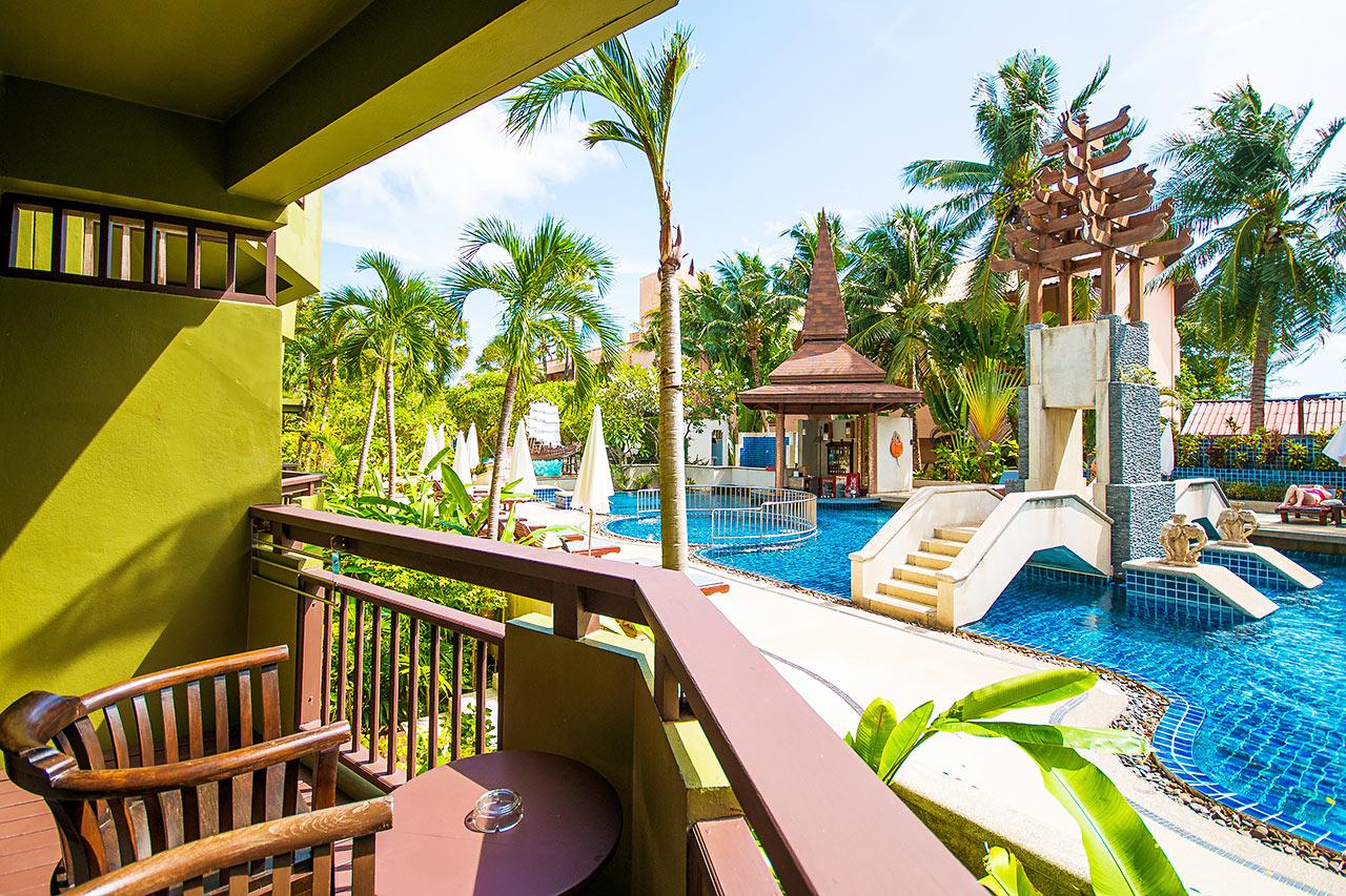 Dobbeltværelse med balkon mod haven