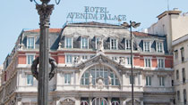 Avenida Palace - uden børn hos Spies.