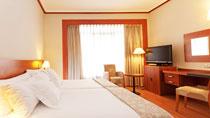 Hotel TRYP Madrid Plaza España – bestil nemt og bekvemt hos Spies